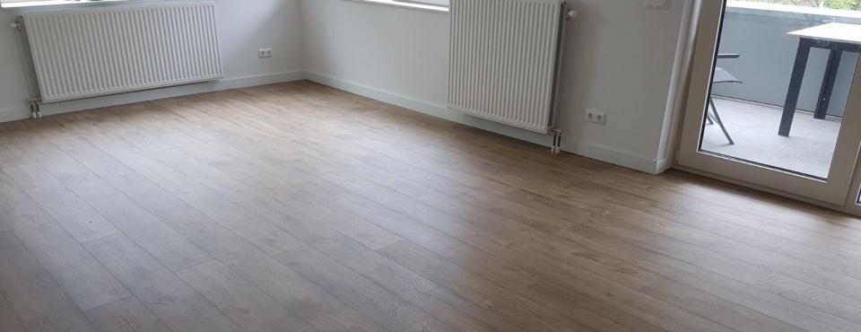 Een pvc-vloer laten leggen