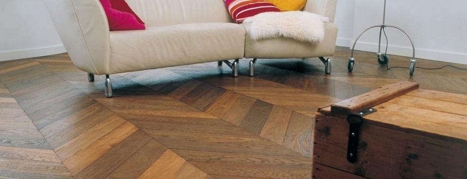 Visgraat vloer in Soest