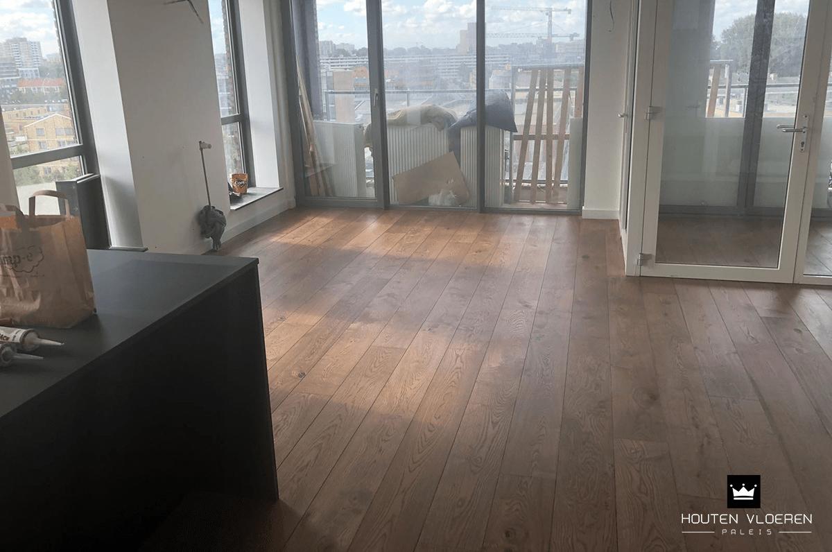 Eikenhouten Vloer Leggen : Houten vloer leggen augustus houten vloeren paleis