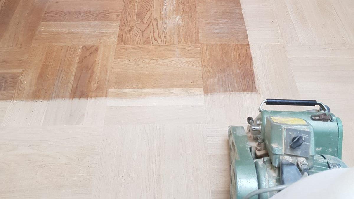 Prijs Eikenhouten Vloer : Houten vloer laten schuren houten vloeren paleis